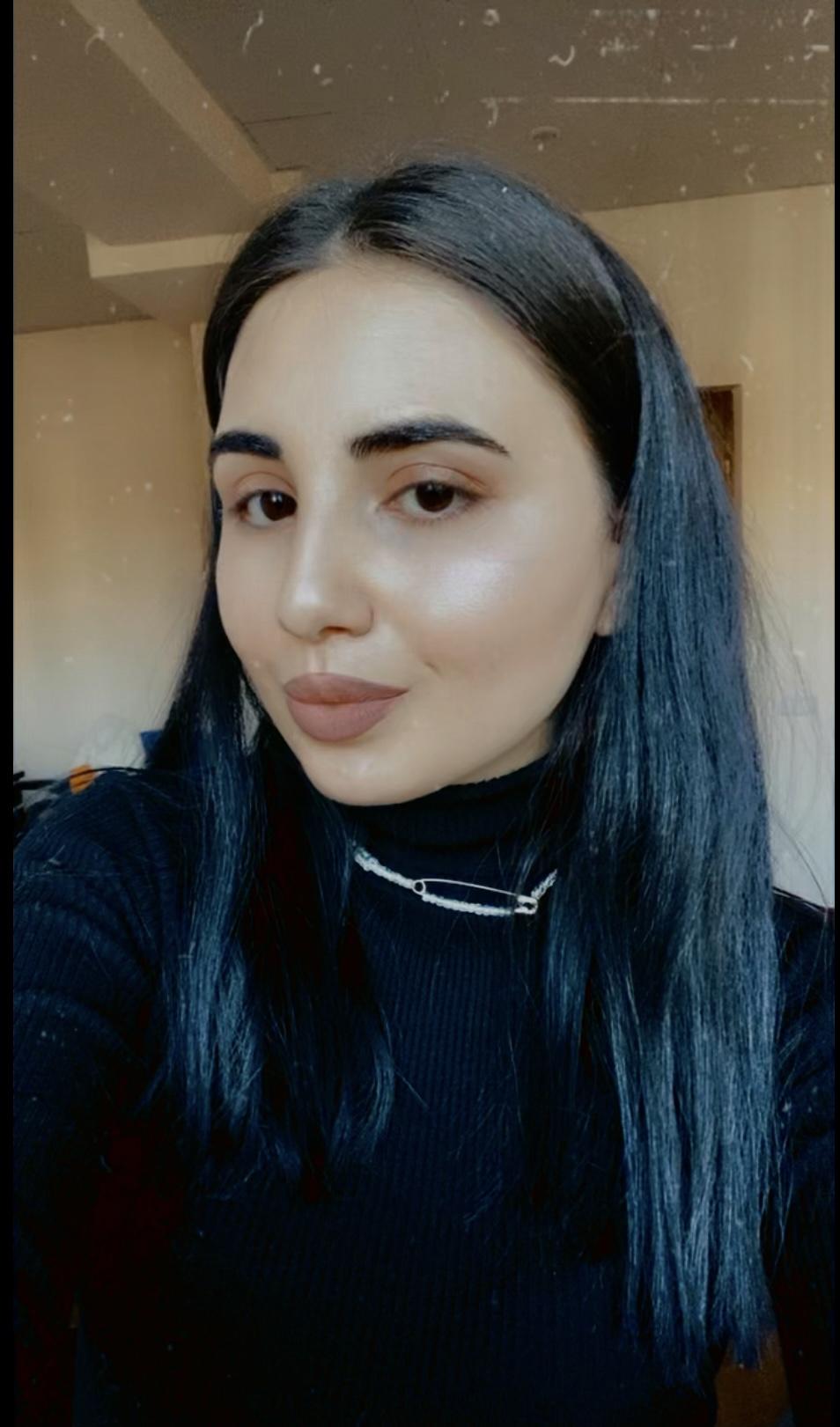 Mel Abramova - hire at Join to Hire